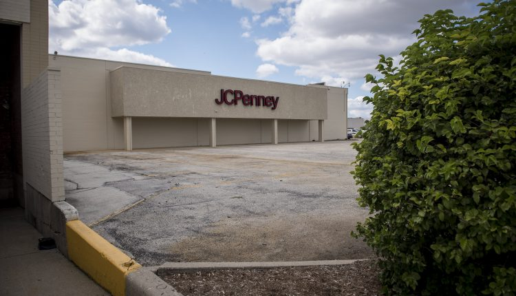 JC Penney CEO Jill Soltau to leave retailer after emerging