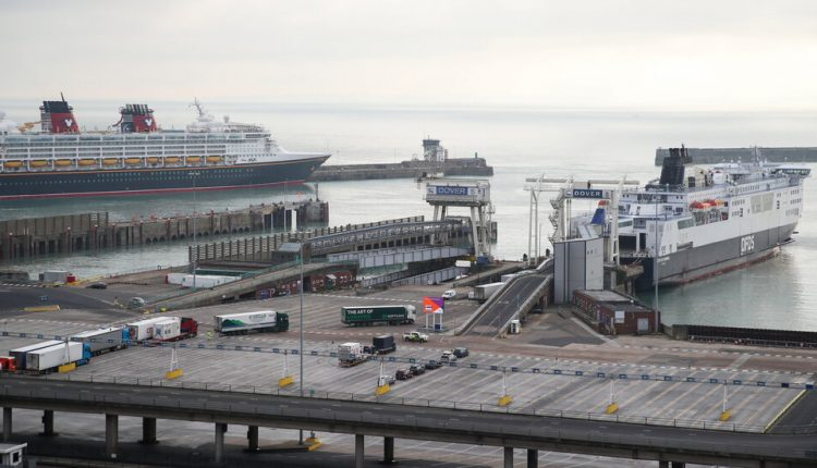 Brexit Customs Checks Make a Quiet Debut at U.K. Ports