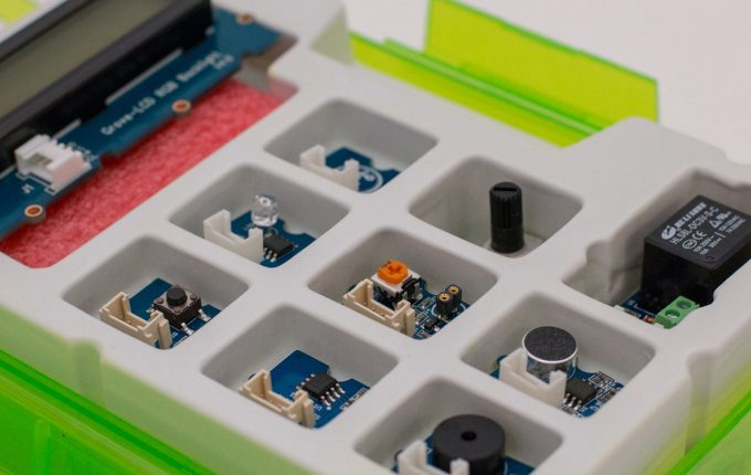Thimble teaches kids STEM skills with robotics kits combined with