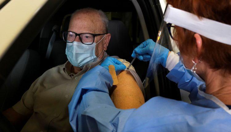 UK coronavirus variant 'on course to sweep the world,' geneticist