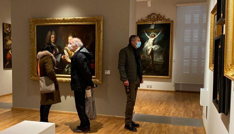 French Mayor Opens Museums, Defying Coronavirus Orders
